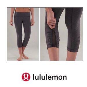 Lululemon Ruched Zipper/Mesh Crops in Black
